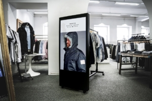 experiential shopping clothing store design